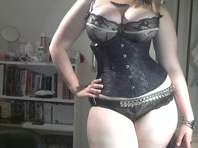 Chubby amateur panty