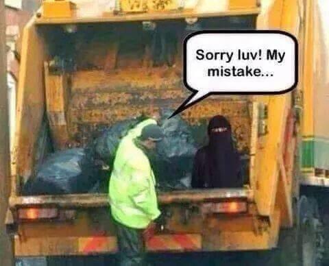 [Image: Osama+bin+bag+sorry+mrs+muslim_531fdb_5614639.jpg]